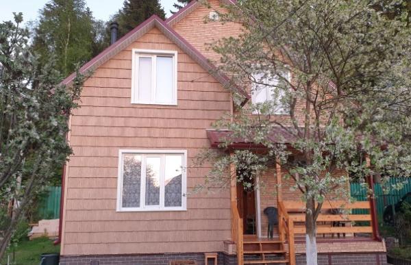 Результат отделки дома фасадными панелями