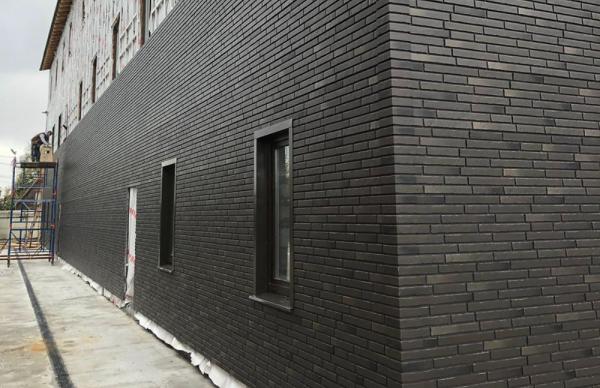 Отделка дома фасадными панелями Атакама